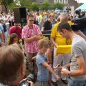 Honderden fans huldigen SKY-renner Wout Poels